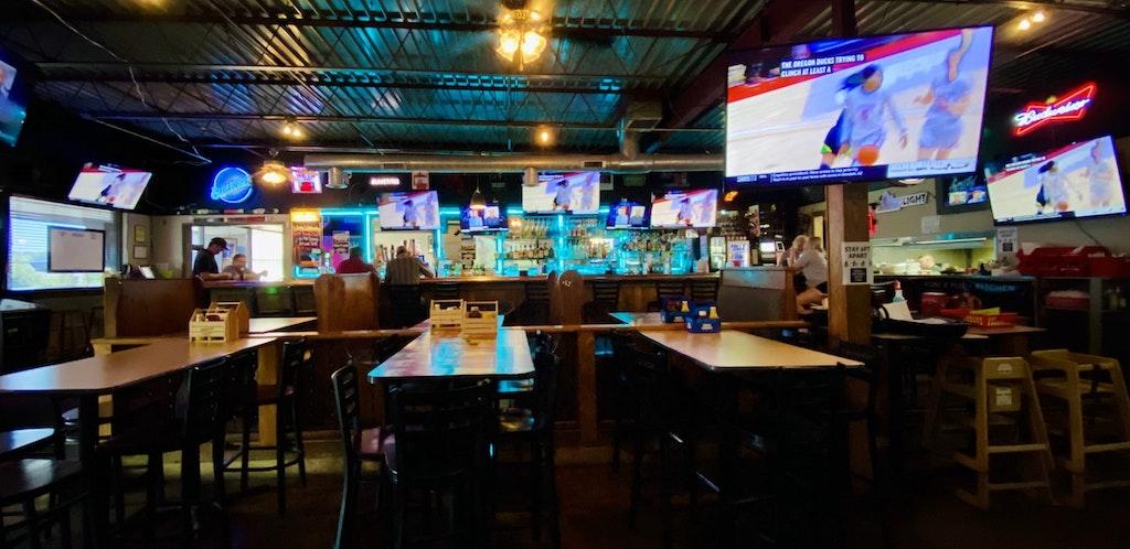 Inside of Roni's Pub + Kitchen